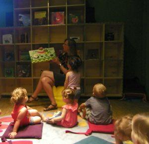 histoires pour les petits de la micro-creche de Chazelles