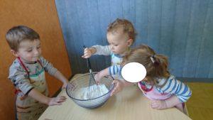 atelier cuisine a la micro creche de chazelles